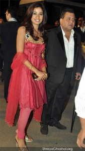Shreya Ghoshal @ Boman Irani's son reception