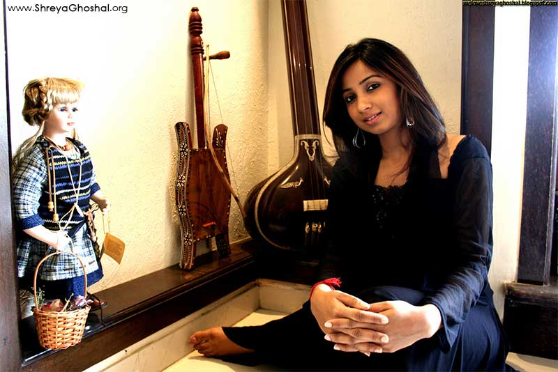 Shreya Ghoshal at home