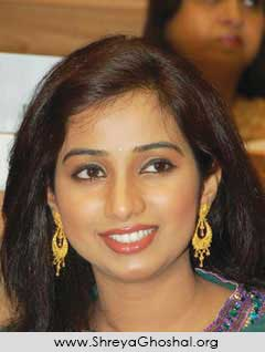 shreya ghoshal smiles
