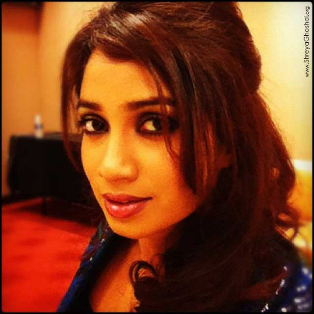 clicked by Shreya Ghoshal - backstage center Atlanta