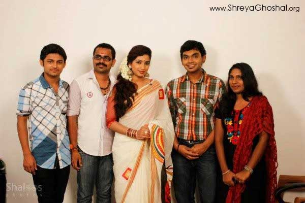 Shreya Ghoshal and fans