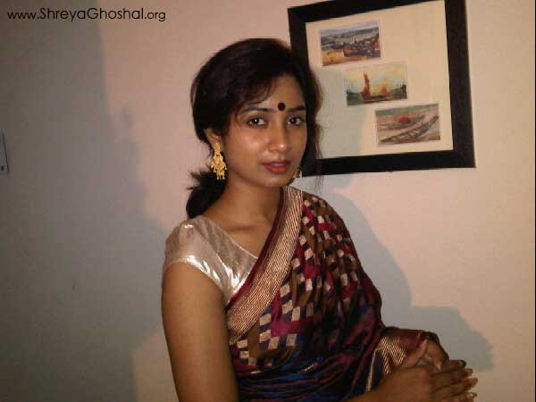 Shreya Ghoshal; Mom clicked this on my phone
