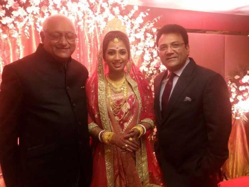Shreya Ghoshal gets married