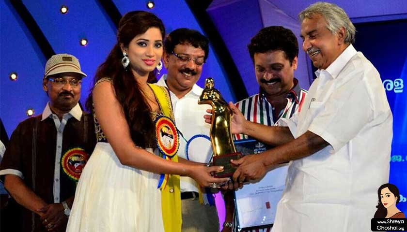 Shreya Ghoshal at Kerala State Film Awards 2012