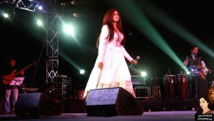 Shreya Ghoshal dazzles music lovers at 'Qutub festival'