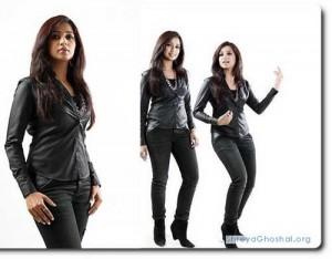 Shreya Ghoshal and her black jeans
