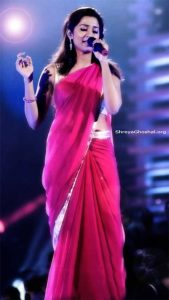 Shreya Ghoshal looks gorgeous in red