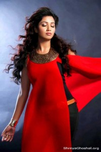 Shreya Ghoshal, Shreya wears red, Ghoshal wears pink, gorgeous Shreya Ghoshal