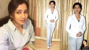 Shreya ghoshal wears white sports