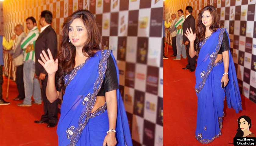 Shreya Ghoshal @ mirchi music awards 2013