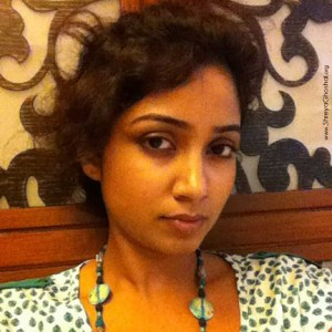 clicked by Shreya Ghoshal - bored, waiting
