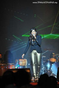 Shreya Ghoshal and her jeans