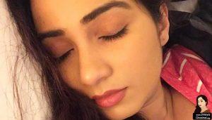 shreya ghoshal sleeping